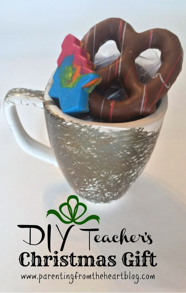 Have your children partake in making their teachers' Christmas gift this year! Make chocolate
