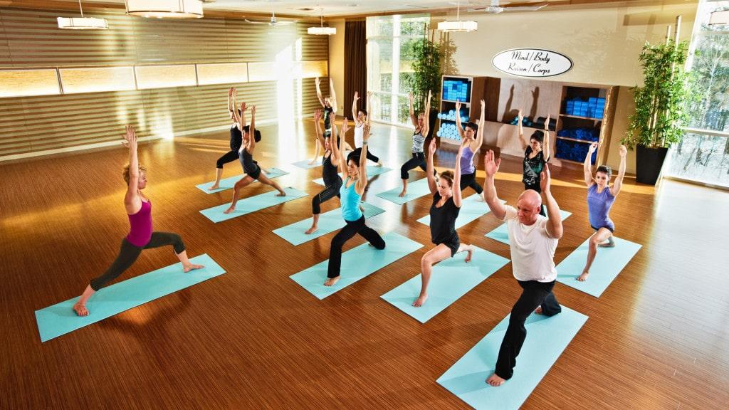 01_hot_yoga