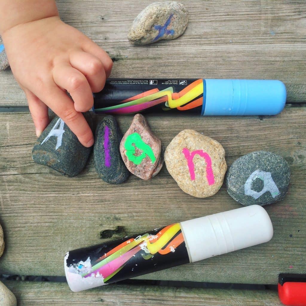 Nature scavenger hunt crafts