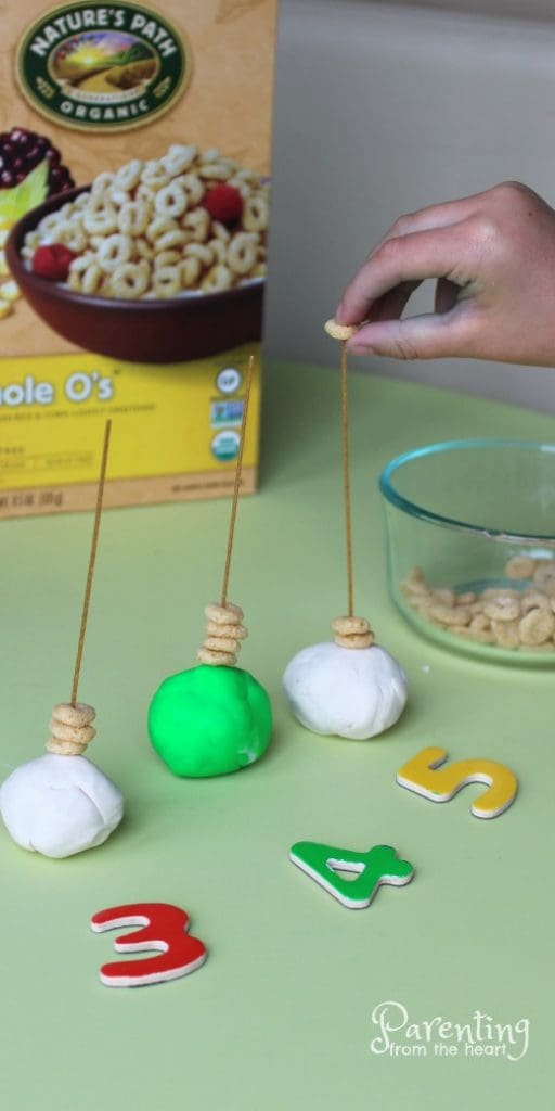 Find three taste-safe kids activities for preschoolers or toddlers. Great for play-based learning. Get a free printable too! These are easy and so much fun! Promote numeracy, number recognition, fine motor skills and more!
