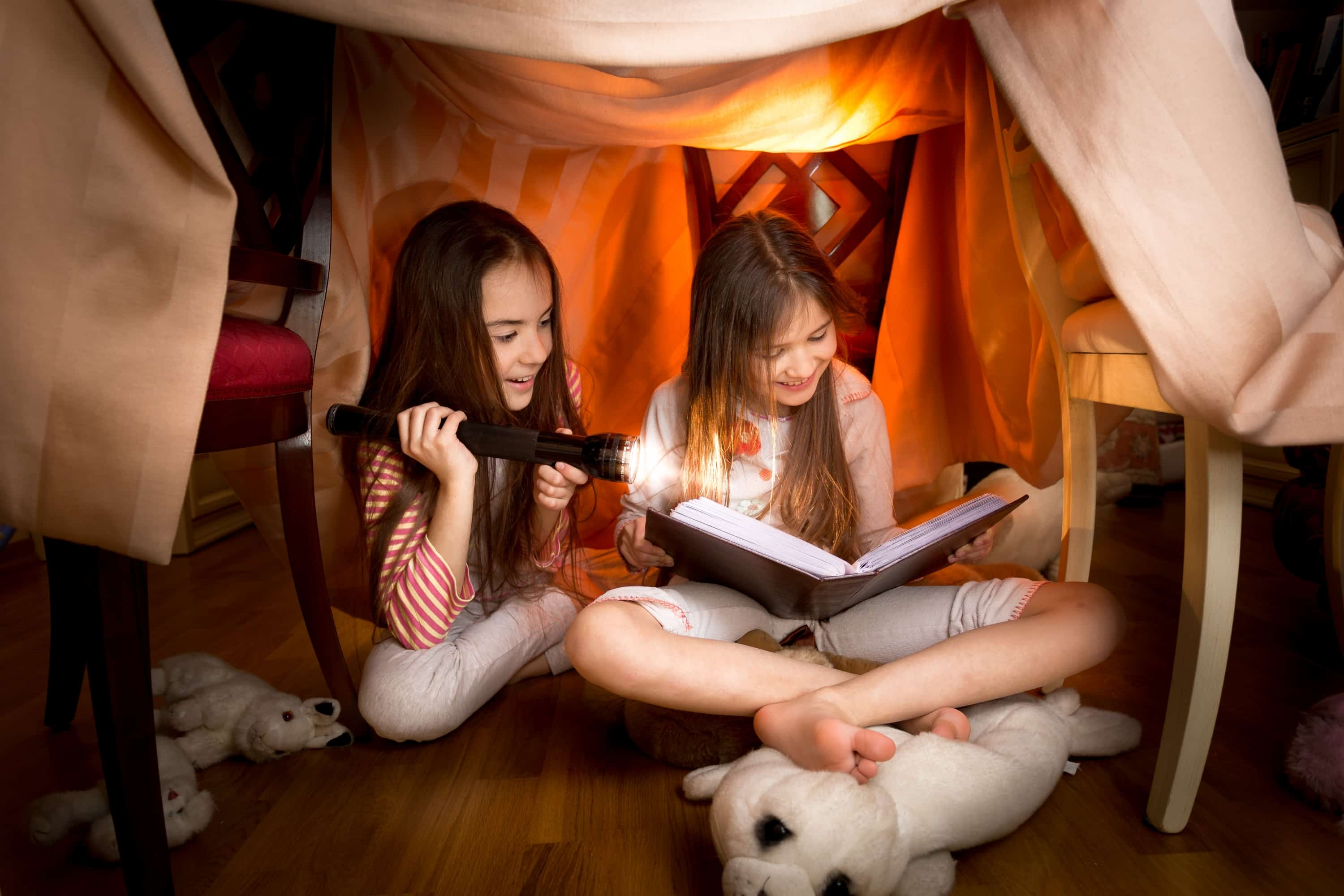 Why this is the best way to build a kids' fort